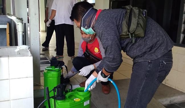 Antisipasi Penyebaran Virus Corona, BPU Lakukan Penyemprotan Desinfektan di Seluruh Unit