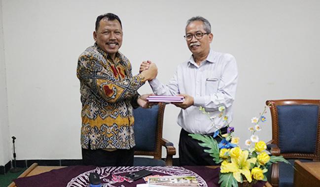 Kuat Puji Prayitno Resmi Serah Terima Jabatan Kepala BPU