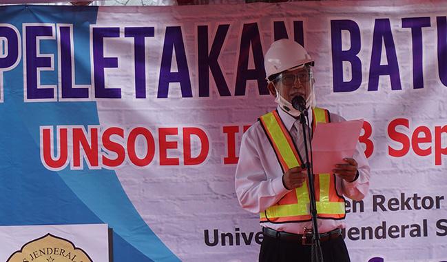 Peletakan Batu Pertama Pembangunan UNSOED Inn oleh Rektor