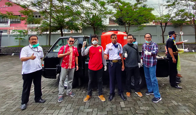 Polsek Purwokerto Utara Beri Dukungan Penuh Penyemprotan Disinfektan